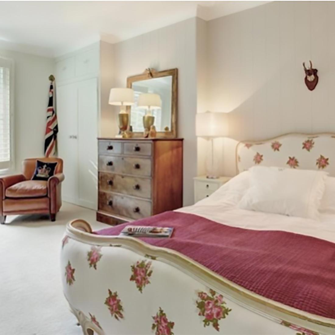 Classic Interior Design - Bedroom
